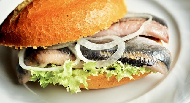Vad är typisk svensk mat?